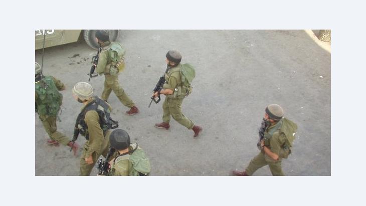 Ausstellungsbild Israelische Soldaten in Breaking the Silence; Foto: © Breaking the Silence