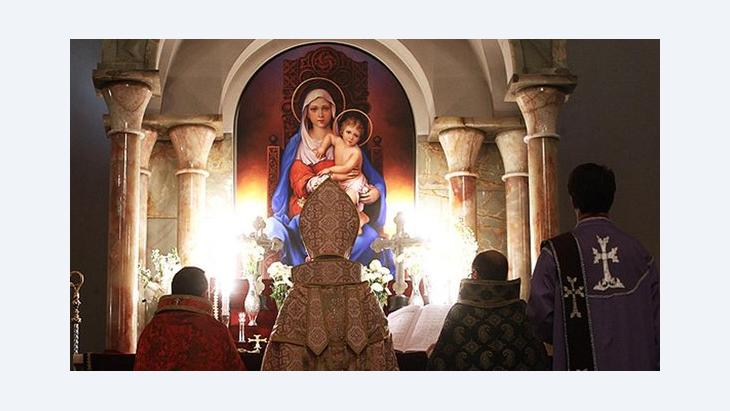 Christlicher Gottesdienst in der Serkiskirche in Teheran; Foto: MEHR