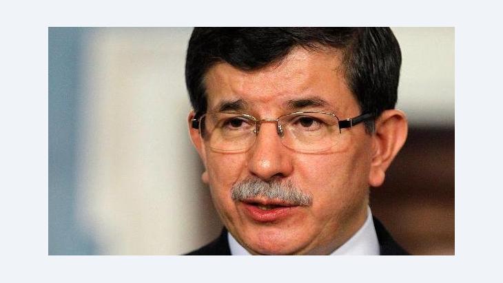 Der türkische Außenminister Ahmed Davutoğlu; Foto: dapd