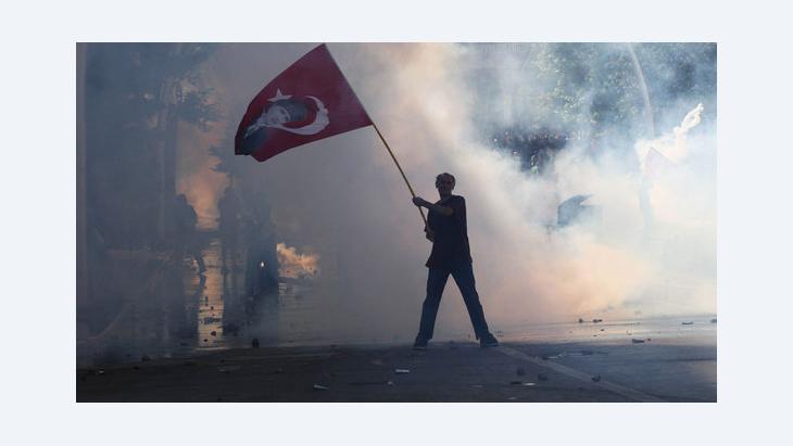 Proteste gegen die Erdogan-Regierung in Ankara; Foto: Adem Altan/AFP/Getty Images