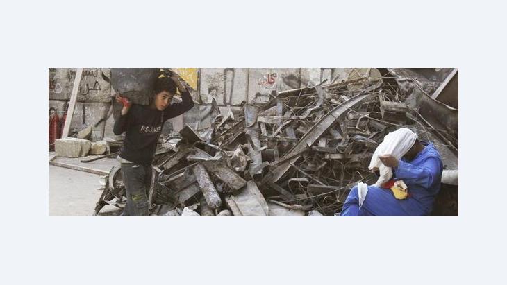 Bauarbeiten am abgebrannten Institut d'Égypte in Kairo; Foto: AP