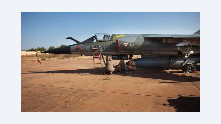 Französischer Kampfjet Mirage F-1 in Bamako; Foto: Reuters