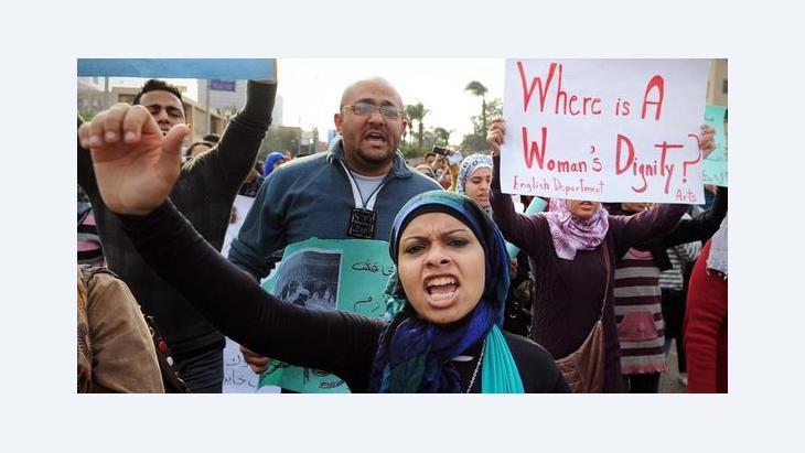Dezember 2011: Demonstration in Kairo gegen die von der Polizeit verübte Gewalt gegen Frauen, Foto: Hossam Ali/AP/dapd