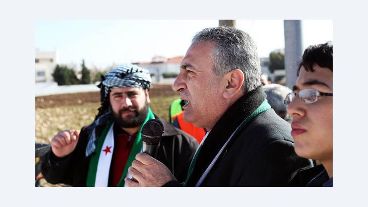 Kamal al-Labwani bei einer Kundgebung von Assad-Gegnern in Amman, Jordanien; Foto: Mohammad Hannon/AP/dapd