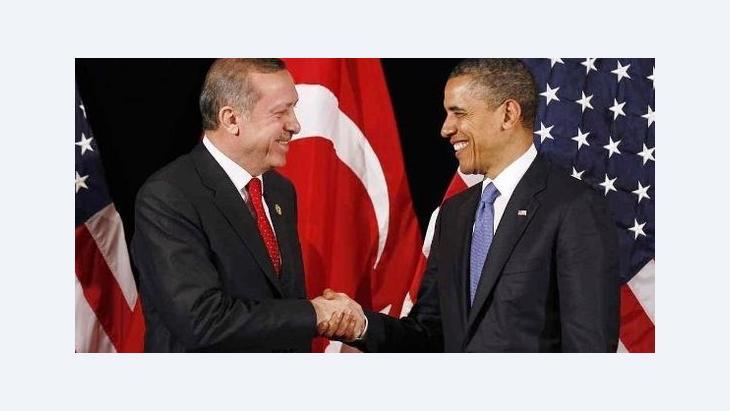Der türkische Ministerpräsident Erdogan (l.) und US-Präsident Obama in Seoul; Foto: Reuters