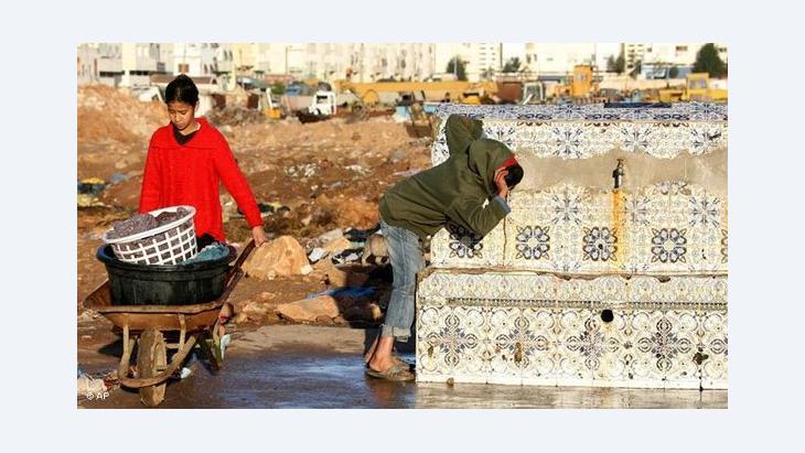 Kinder in den Slums von Sidi Moumen; Foto: AP