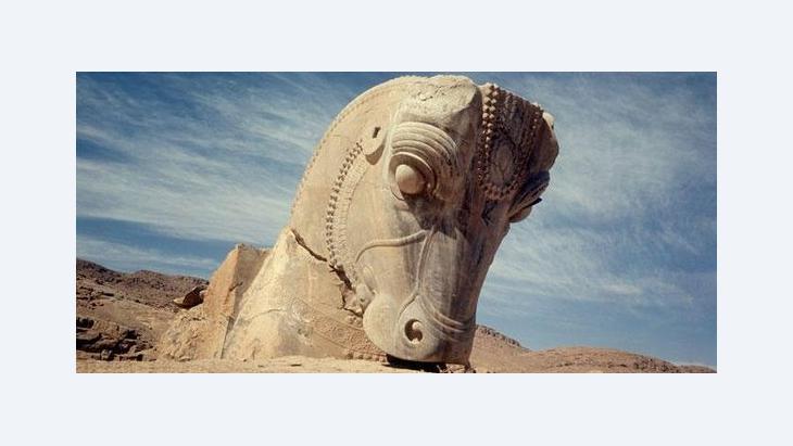Steinerner Pferdekopf in Persepolis; Foto: dpa