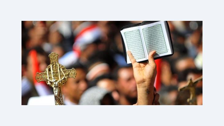Christen und Muslime während einer Solidaritätsdemonstration auf dem Tahrir-Platz in Kairo, Foto: picture-alliance
