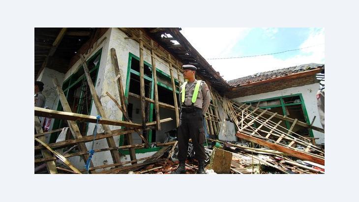 Zerstörtes Ahmadiyah-Haus in Pandeglang, Indonesien; Foto: AP