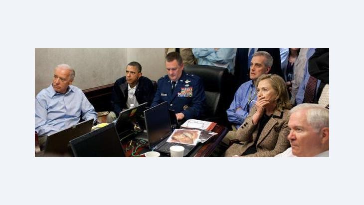 Die US-Regierung verfolgt am Bildschirm die Operation gegen Osama Bin Laden; Foto: AP/The White House