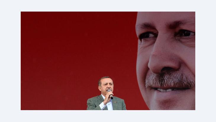 Der türkische Ministerpräsident Erdogan während einer AKP-Kundgebung in Ankara; Foto: Reuters