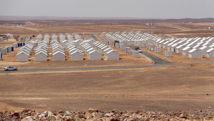 Aussicht auf das Flüchtlingslager Azraq in der jordanischen Wüste.