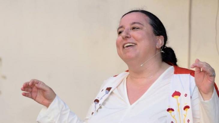Die libanesische Installationskünstlerin, Autorin und Verlegerin Nadine Touma.