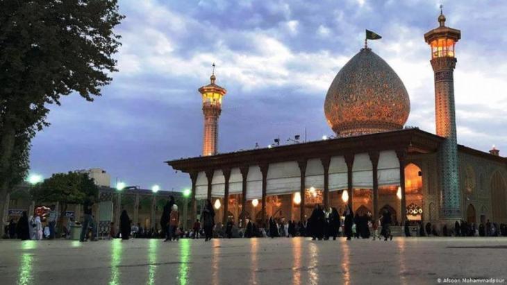 """Die Stadt Schiras ist die """"Buch-Hauptstadt 2020"""" des Iran. Der Dichter Hafis kam um 1315 hier zur Welt."""