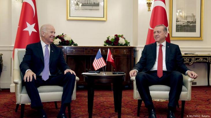 US-Vizepräsident Joe Biden (L) nimmt an einem bilateralen Treffen mit dem türkischen Präsidenten Tayyip Erdogan in Washington teil, 31. März 2016.