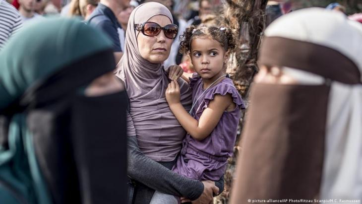 Protest gegen Burka-Verbot, Dänemark; Foto: picture-alliance/AP Photo/Ritzau Scanpix/M.C.Rasmussen