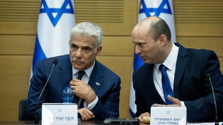 Außenminister Jair Lapid und Ministerpräsident Naftali Bennett wollen nach zwei Jahren die Ämter tauschen.