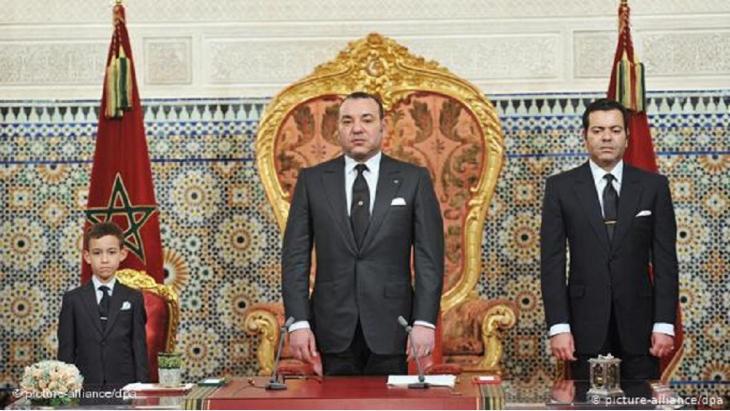 Der marokkanische König Mohammed VI  kündigte am 9.3.2011 eine Verfassungreform als Reaktion auf die Massenproteste im Zuge des arabischen Frühlings an. (Foto: picture alliance/ dpa)