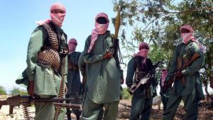 Islamistische Al-Shabaab-Milizen in einem Trainingscamp unweit Mogadischus; Foto: dapd