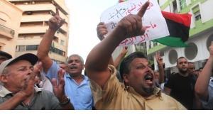 Demonstranten in Bengasi verurteilen die Tötung von US-Botschafter Christopher Stevens; Foto: Reuters