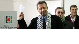 Mustafa Barghouti während der letzten palästinensischen Präsidentschaftswahlen in Ramallah; Foto: dpa