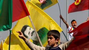 Jubelfeier von Kurden nach Verkündung des PKK-Friedensplans in Diyarbakir; Foto: Reuters