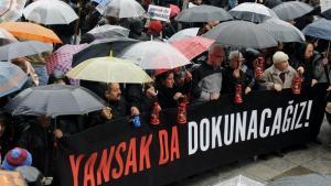 Journalisten demonstrieren für Pressefreiheit in Istanbul