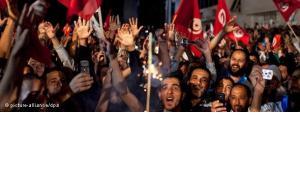 Anhänger der Ennahda am 25 Oktober 2011; Foto: dapd