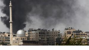 Explosionen in der umkämpften nordsyrischen Stadt Aleppo; Foto: Reuters