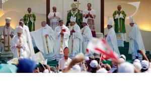 Messe des Papstes in Beirut; Foto: Reuters