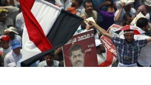 Unterstützer Mohamed Mursis auf dem Tahrir-Platz in Kairo, Foto: Reuters