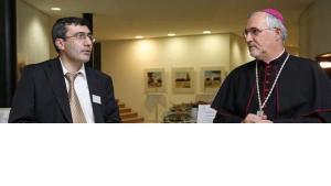 Prof. Abdullah Takim und Bischof Gebhard Fürst; Foto: Wikipedia