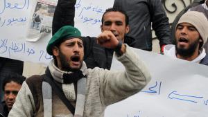 Proteste gegen Arbeitslosigkeit und Armut in Tunis; Foto: dpa/picture-alliance