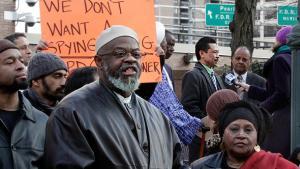 Imam Hajj Talib Abdur Rashid bei einer Demonstration in New York: dapd