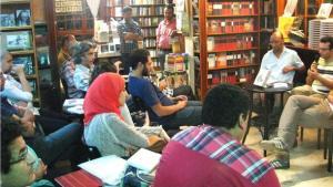 Lesung des Buches 'Drachenjahr' - ein Roman über die Ära Mubarak in Kairo; Foto: Nael El-Toukhy