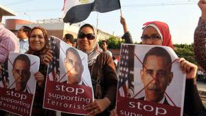 Proteste gegen Barack Obama nach dem Sturz Mursis in Kairo; Foto: Reuters