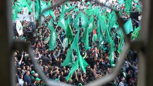 Anhänger feiern das 25-jährige Bestehen der Hamas, Nablus, 13.12.2012; Foto: AFP/Getty Images