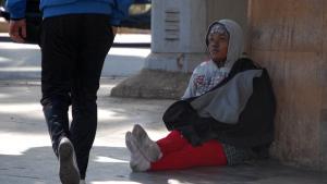 Arbeitslose Migrantin aus Nigeria in der marokkanischen Hauptstadt Rabat; Foto: DW/A. Boukhems