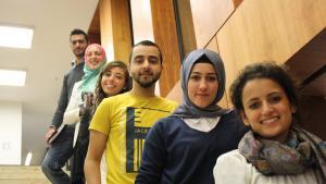 Muslimische Studierende; Foto: Vincenzo Ferrera