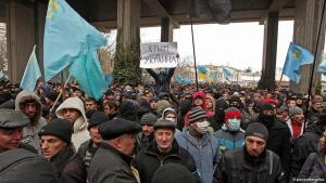 Demonstration von Krimtataren gegen einen Anschluss der Krim an Russland; Foto: dpa/picture-alliance