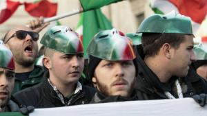 """Anhänger der neofaschistischen Bewegung """"CasaPound"""" in Italien; Foto: imago"""