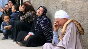 Trauernde Angehörige der zum Tode verurteilten Muslimbrüder in Ägypten; Foto: AFP/Getty Images