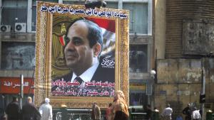 "Plakat mit der Aufschrift ""Sisi, son of Egypt. You are free. Son of freedom"" - Personenkult um Abdelfattah al-Sisi in der Innenstadt von Kairo; Foto: Reuters"