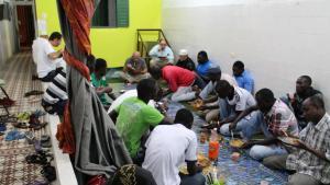 """Fastenbrechen im """"Islamischen Zentrum Recife""""; Foto: Ekrem Güzeldere"""
