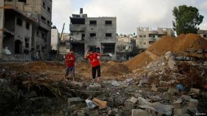 Trümmer eines Hauses in Gaza nach einem Raketen-Angriff am 13.07.2014; Foto: Reuters