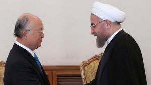 Yukiya Amano, Generaldirektor der IAEO, und Irans Präsident Hassan Rohani (r.) bei einem Treffen in Teheran am 17. August 2014; Foto: IRNA.