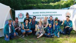 Mitglieder des BMPPD; Foto: Bund Moslemischer Pfadfinder und Pfadfinderinnen Deutschlands