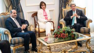 Syrischer Oppositionsführer Ahmad al-Jarba (l.) und US-Außenminister John Kerry in Saudi-Arabien; Foto: Reuters