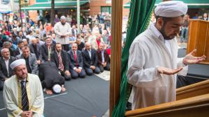 Aktionstag deutscher Muslime in Berlin; Foto: Reuters/Hannibal