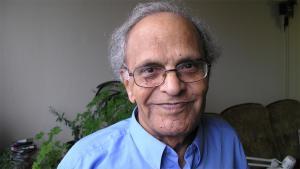 Der irakische Schriftsteller Fadhil Al-Azzawi; Foto: Lewis Gropp/DW